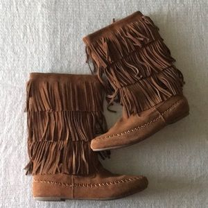 Mudd 3-Layer Fringe Cognac Brown Moccasin Boots